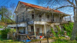 ABANDONED RESIDENCE - CENTRAL, TEXAS